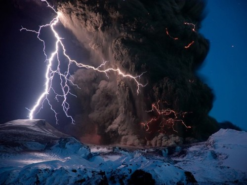 breathtaking-photographs-of-massive-storms-im-amazed-and-terrified-at-the-same-time-10-934x