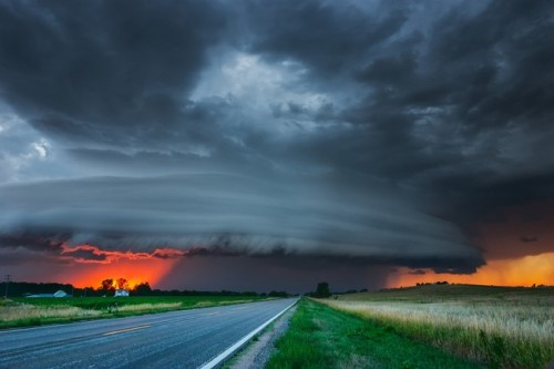 breathtaking-photographs-of-massive-storms-im-amazed-and-terrified-at-the-same-time-15-934x